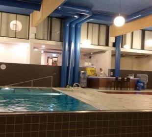 Bar im Wellnessbereich Carat Golf & Sporthotel Residenz