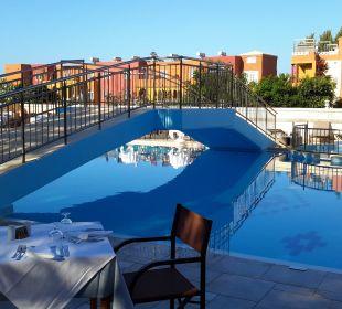 Pool  Vantaris Beach Hotel
