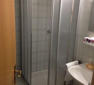 Bad rechter Teil Businesshotel Berlin