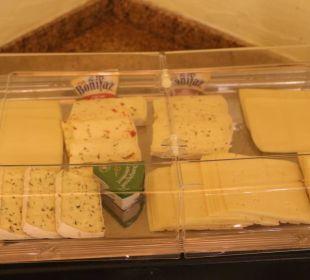 Käse schliest den Magen Berghotel Tirol
