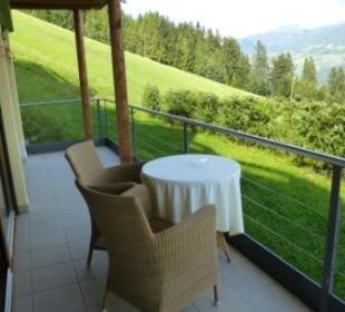 Balkon Richtung Osten Alpin Panorama Hotel Hubertus