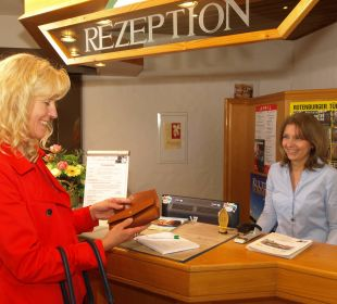 Rezeption Hotel Landhaus Silbertanne