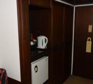 Schrank Hotel Wiang Inn
