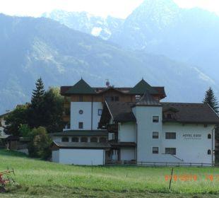 Blick von der Seite Hotel Eder