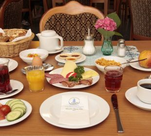 Frühstück Kloster Maria Hilf