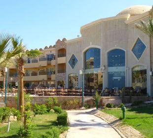 Weg zur Lobby Hotel Utopia Beach Club