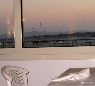 Fensterplatz im Restaurant Hotel Gabbiano Azzurro