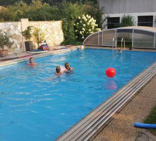 Unser herrlicher Pool! Ferienwohnungen Am Arkadenhof