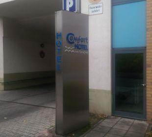 Einfahrt Parkplatz Comfort Hotel Weißensee