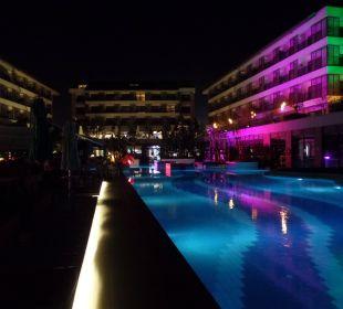Bei Nacht Sensimar Side Resort & Spa