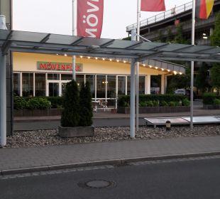 Außenansicht Mövenpick Hotel Nürnberg Airport