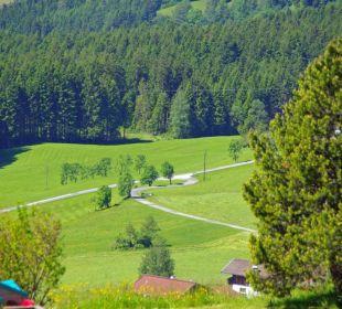 Blick hinunter ins Tal Gasthof Klausnerhof