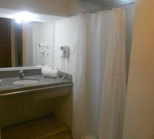 Room bathroom Hotel Isla Caribe Beach