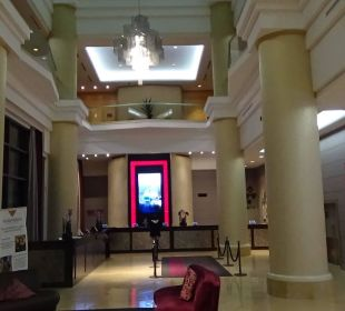 Lobby... Hotel Hilton Niagara Falls / Fallsview