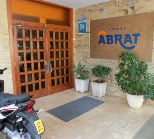 Lobby Hotel Abrat