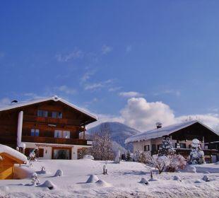 Winteransicht unserer Gästehäuser Gästehaus Schwemmbauer