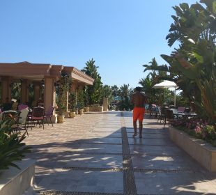 Restaurant Crystal Tat Beach Golf Resort & Spa