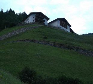 Schwalbennest linkes Haus oberster Balkon Oberversanthof