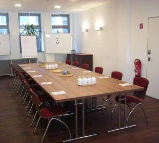 Seminarraum - modernste Technik zum kleinen Preis Hostel Köln