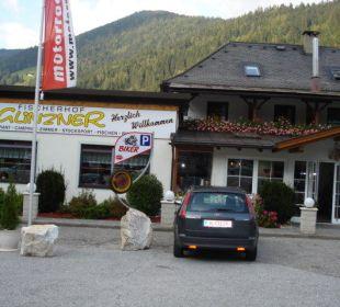 Hoteleingang Hotel Fischerhof Glinzner