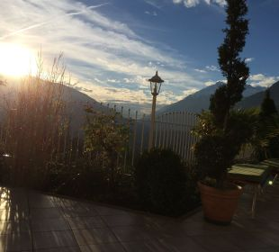Stimmungsvoller Sonnenuntergang Hotel Grafenstein