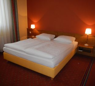 Zimmer alpincenter & Van der Valk Hotel Hamburg-Wittenburg