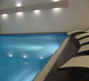 Pool Hotel Elbiente