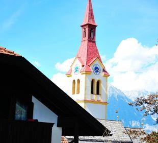 Ausblick auf Kirche Hotel Bon Alpina