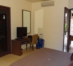 Eines der Schlafzimmer in unserer Villa The Ahimsa Beach