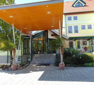 Eingang Semi Hotel Kinderhotel SEMI
