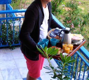 Frühstück als Roomservice Hotel Apollon