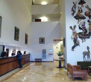 Eingangsbereich mit sehr schönen Bildern Hotel Libertador Lago Titicaca