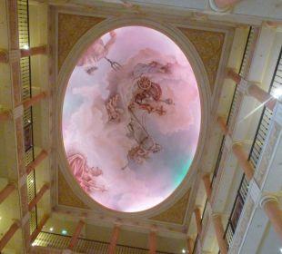 Auch ein Blick nach oben lohnt sich Hotel Colosseo Europa-Park