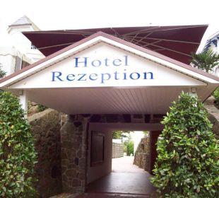 Durchgang zum Neubau, Rezeption und Restaurant Hotel Villa Gropius