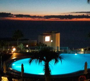 Pool Nachts ClubHotel Riu Vistamar