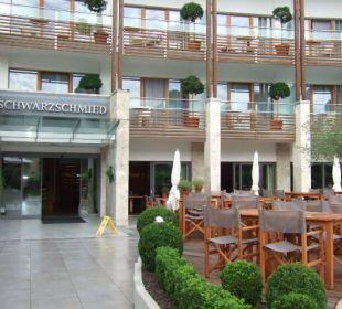 Eingang zum Hotel Hotel Schwarzschmied