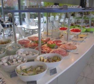 Blick auf's Frühstücksangebot prizeotel Bremen-City
