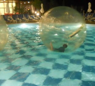Kinderpool am Abend  Sol Luna Bay & Mare Resort
