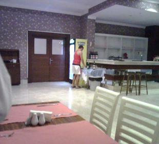 Kleiderordnung am Abend Linda Resort Hotel