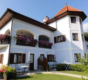 Hotelaussenansicht Gästehaus Adelmann
