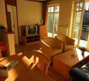 Wohnzimmer mit Schlafsofa rechts Villa Usedom