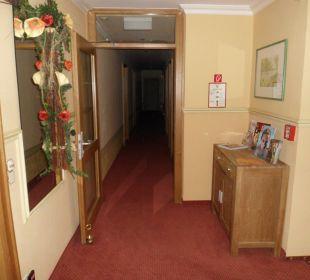 Flur zum Hotelzimmer Hotel Engemann Kurve
