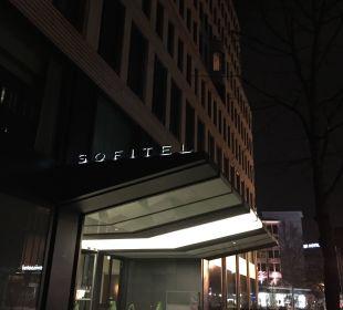 Eingangsbereich Hotel Sofitel Berlin Kurfürstendamm