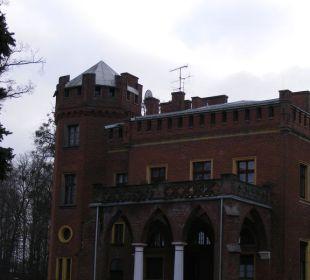 Außenansicht Haupthaus Hotel Zamek Karnity
