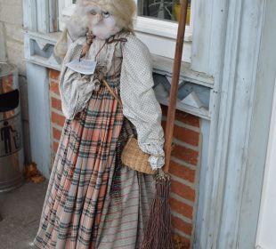 Die Hexe heißt Gäste herzlich willkommen Hoffmanns Gästehaus