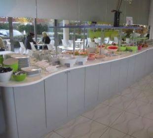 Hauptteil des Frühstücksbuffet prizeotel Bremen-City
