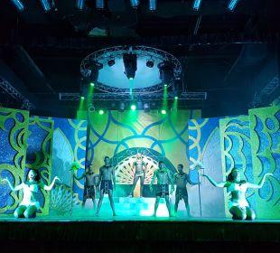 Shows der Exrraklasse Dreams La Romana Resort & Spa