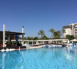 Hauptpool mit Poolbar Sunis Hotels Elita Beach Resort & SPA