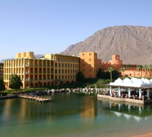 Zimmerblick auf Lagune und Hotel