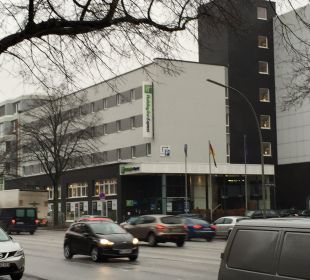 Straßenansicht Hotel Holiday Inn Express Hamburg City Centre